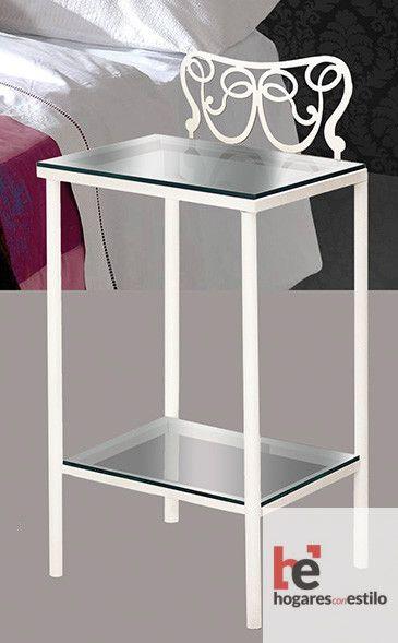 mesa de noche de forja en color blanco con decoración con forma de lazo intrincado