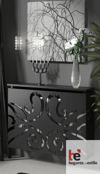 cubreradiador de forja de color negro decorado con un corte a laser minimalista y sencillo