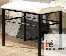 banqueta de forja minimalista y moderna en color negro con cojín en blanco