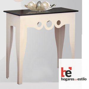 mesa de entrada de forja color crema y negro decorada con 3 circulos cortados a laser en el frontal