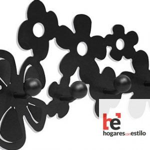 perchero de forja modelo RAMO de color negro con forma de ramillete de flores minimalistas