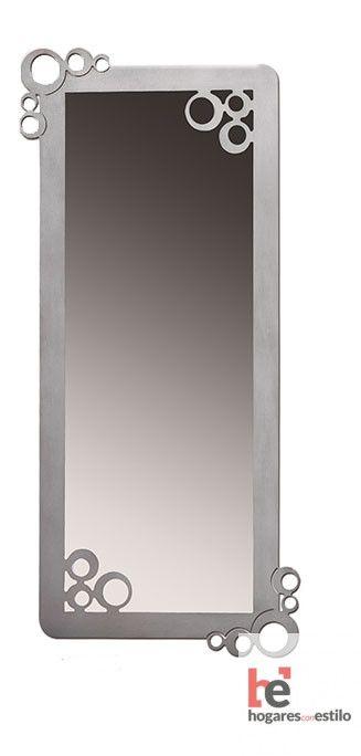 espejo con marco de color plata y decorado con burbujas